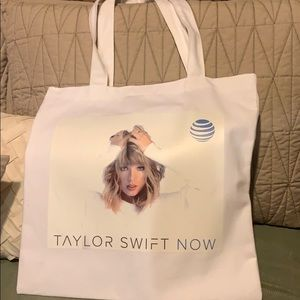 Taylor Swift tote